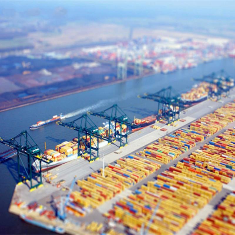 container shipping saudi arabia