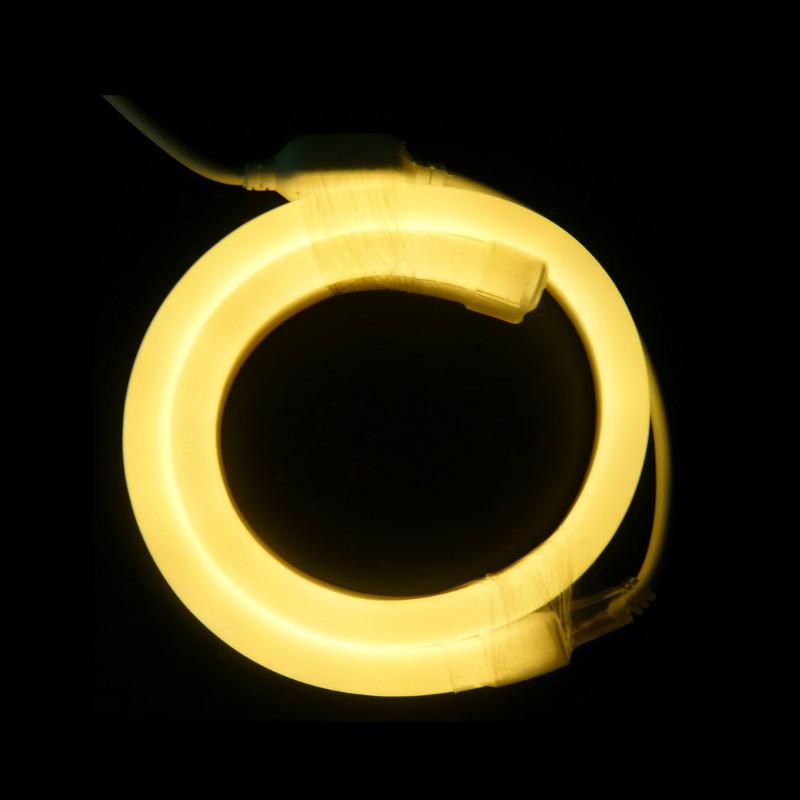 Calentar las tiras blancas de luz de neón