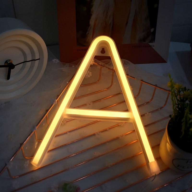 plafoniere a neon